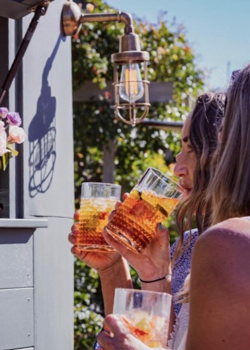 Mobile bar serving drinks to ladies