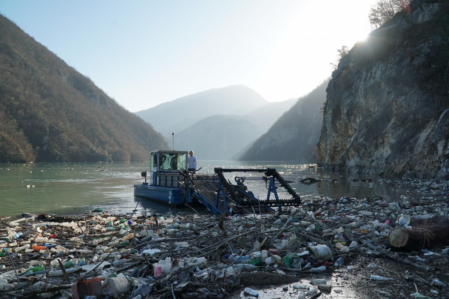 Everwave Müllsammelboot