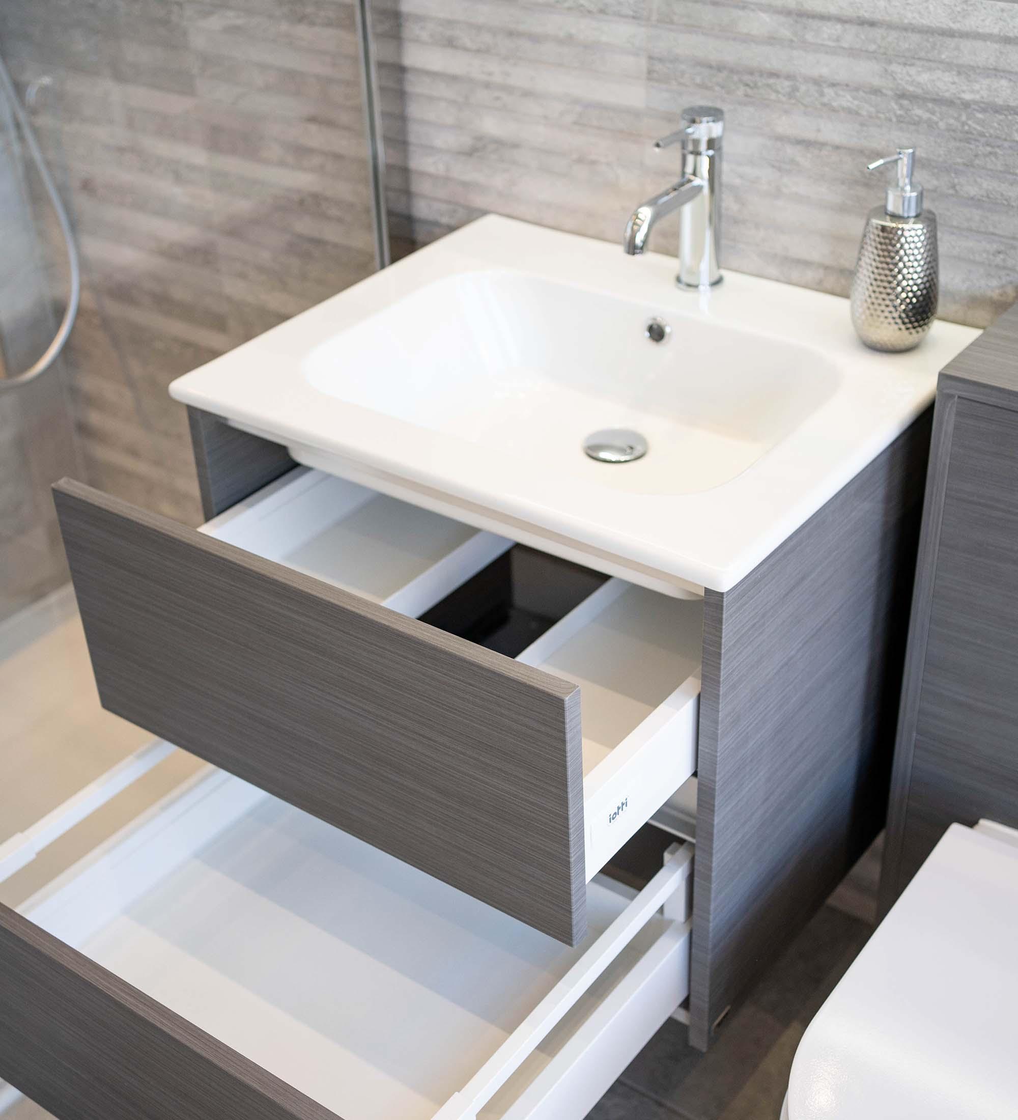 Bathrooms @bybalneo