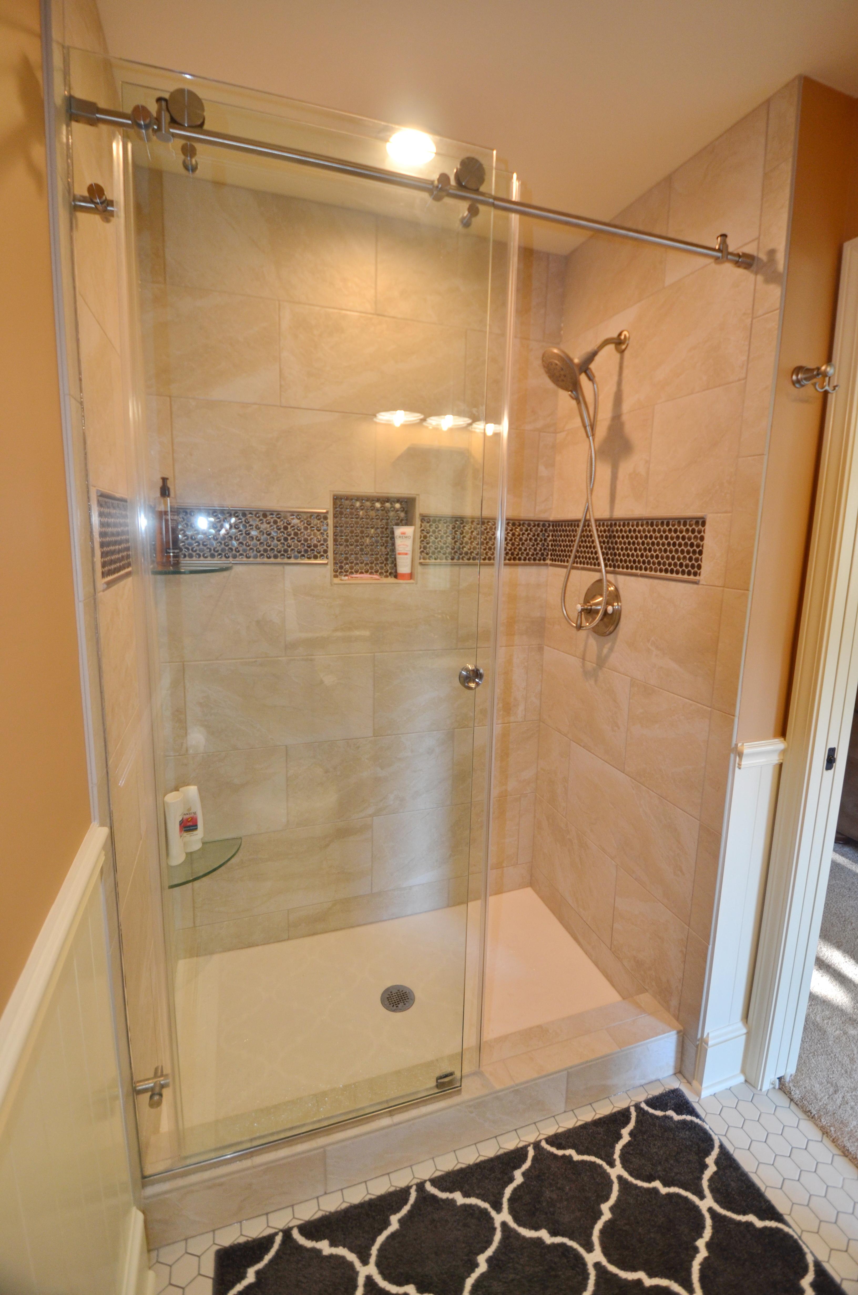 Barn door style shower door