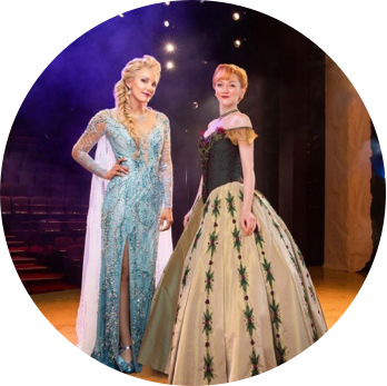 Frozen Else and Anna on stage