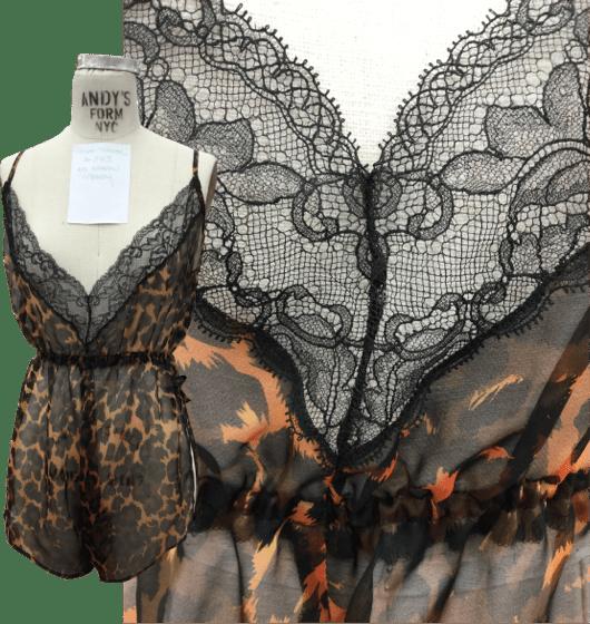 Tina lingerie lace details