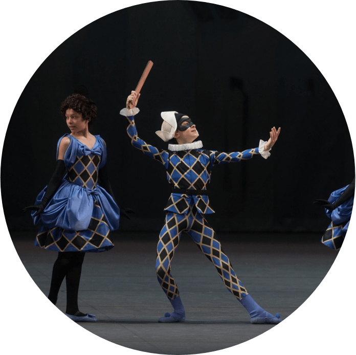 Harlequinade feature image: two dancers gesturing