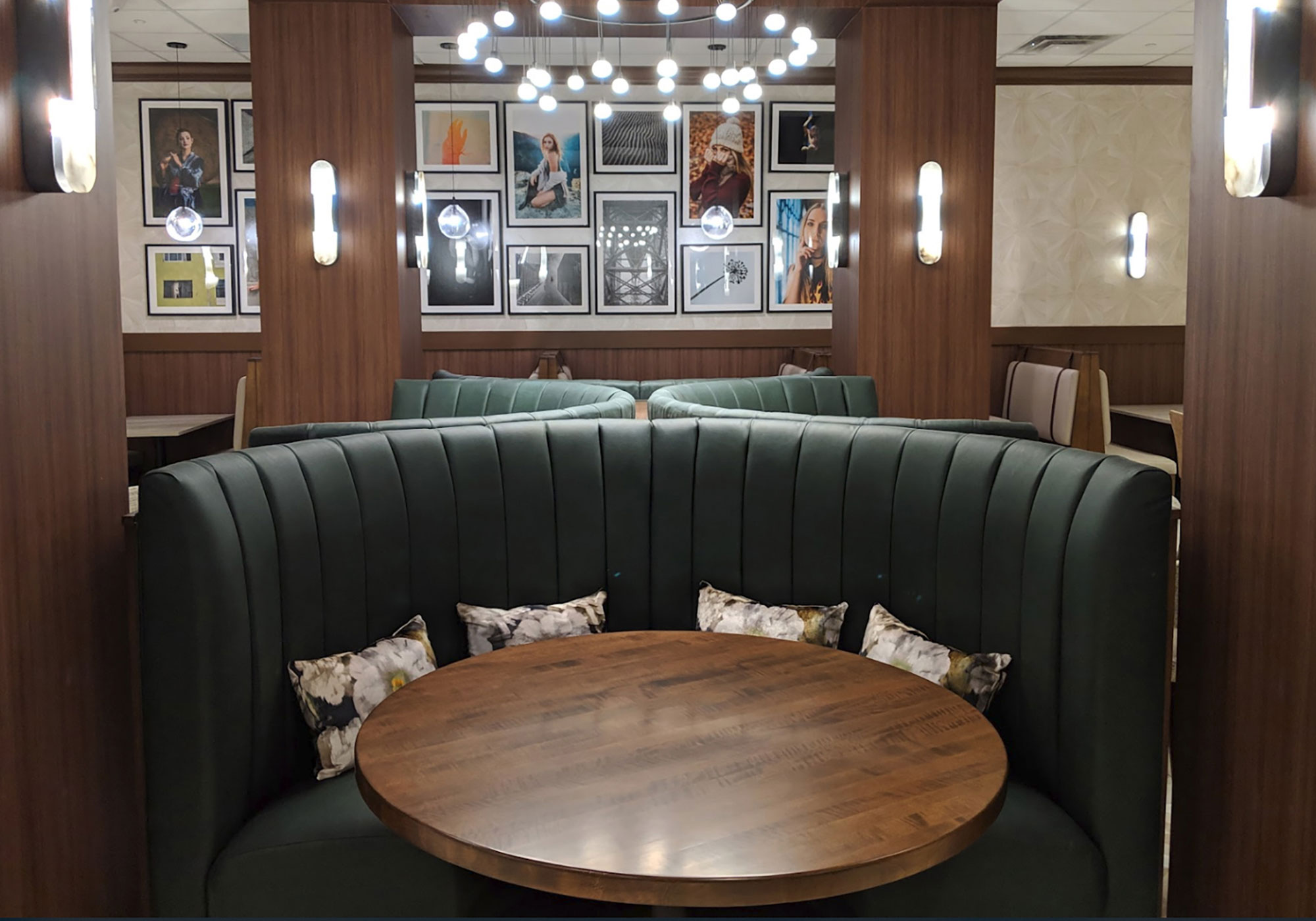 Dining booth