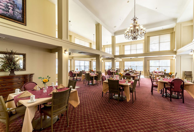 Autumn View Gardens Senior Living Dinning Area, Creve Coeur
