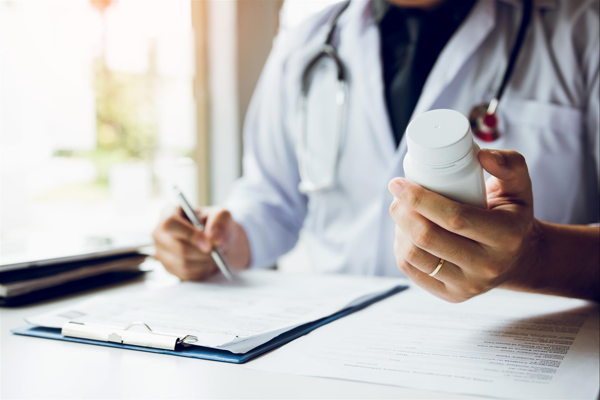 Alternative Medicine: What Seniors Should Know