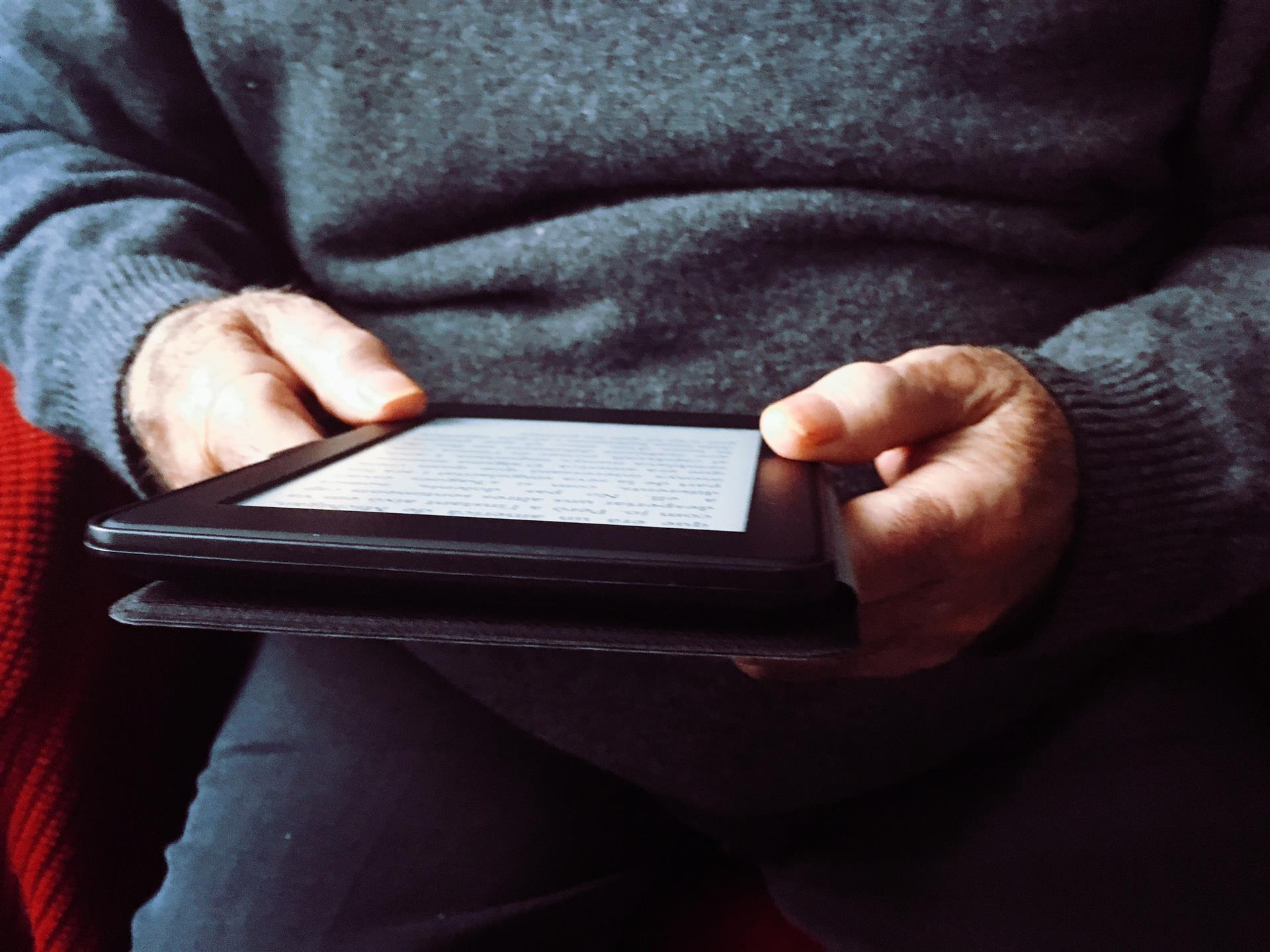 A Guide to Ebooks for Seniors