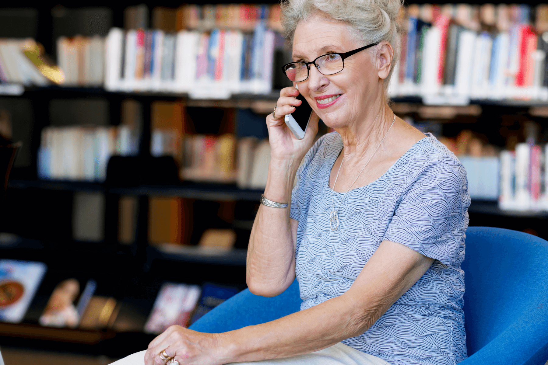 5 Tips for Seniors to Support Successful Phone Calls With Tweens and Teens