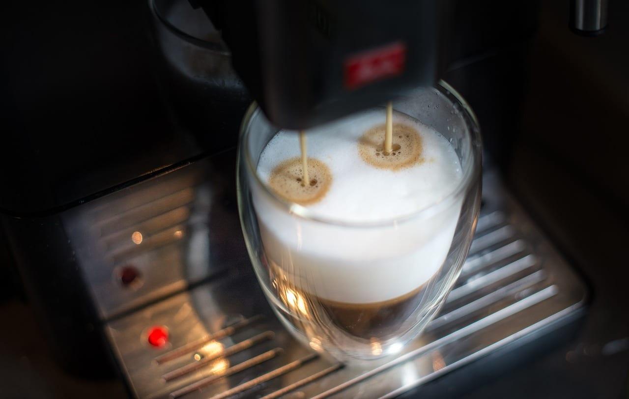Jak dbać o ekspres do kawy by działał jak najdłużej?