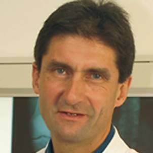 Dr. Thomas Achammer