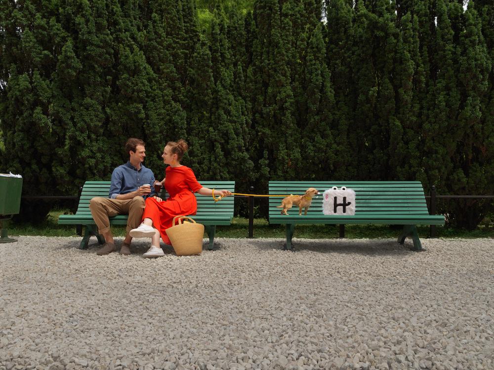 Hinge DogPark Advert