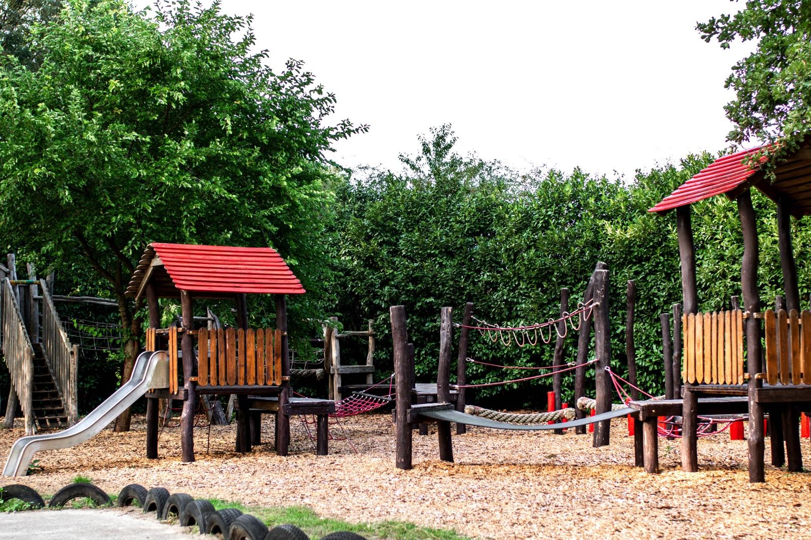 Buitenspeeltuin Speelboerderij de Hooiberg