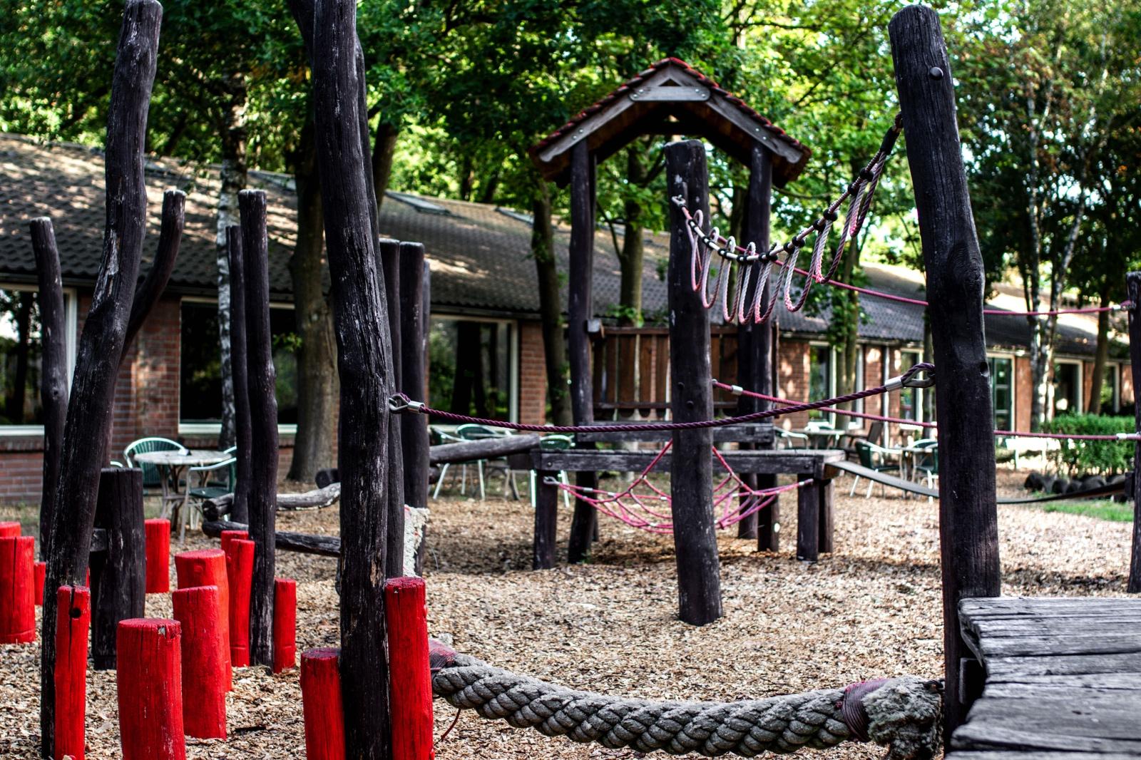 Natuur Speeltuin Speelboerderij de Hooiberg