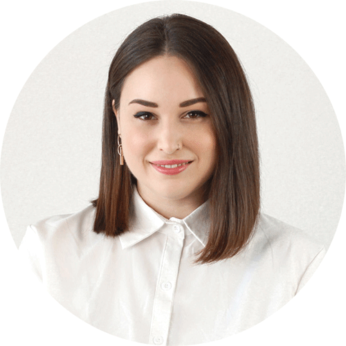 Yasmine Moura