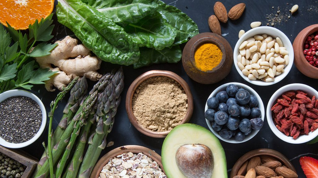 plants and nutritious powders