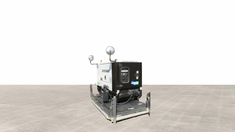 2018 Bobcat AH30 Asphalt Heater / 2013 Doosan G40 Generator For Sale