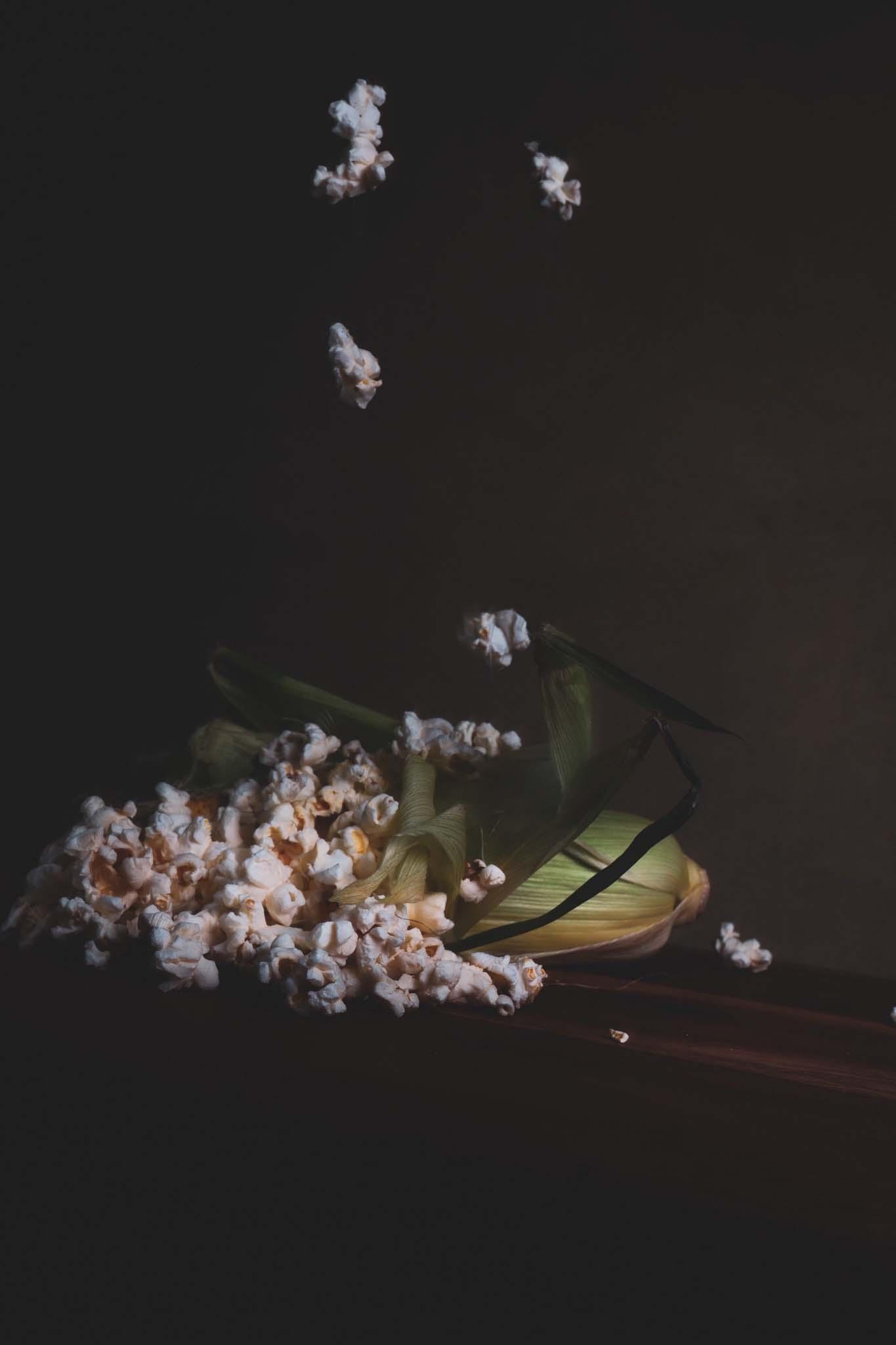popcorn som faller bildkonst