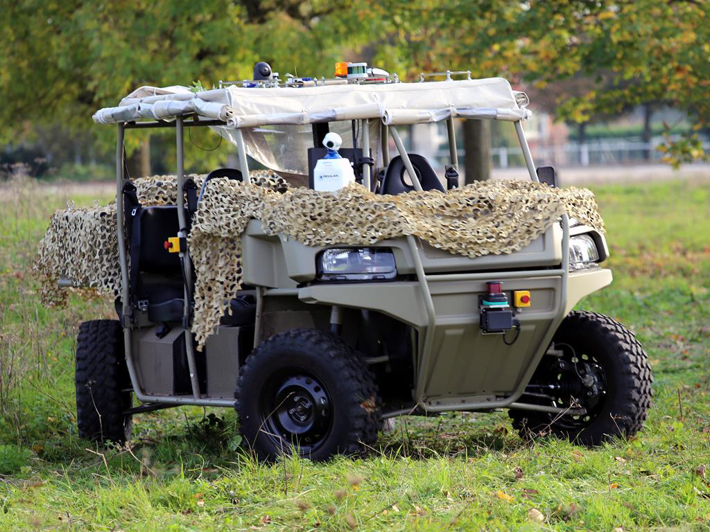 SAFRAN offroad vehicle with LiDAR and Outsight