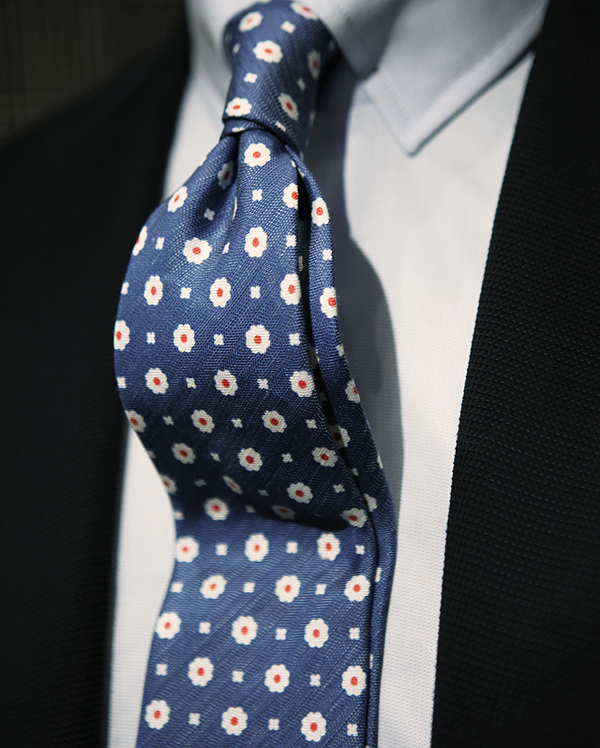 flowers-tie-blue-navy-four-in-hand-knot-men-style