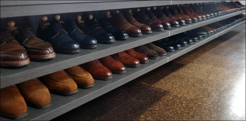 storing your shoes in closet