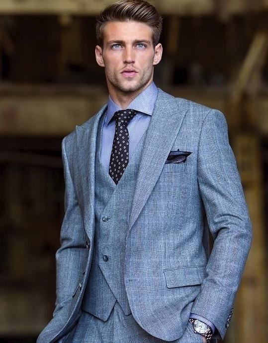 Défendre l'art de (bien) porter la cravate (2)