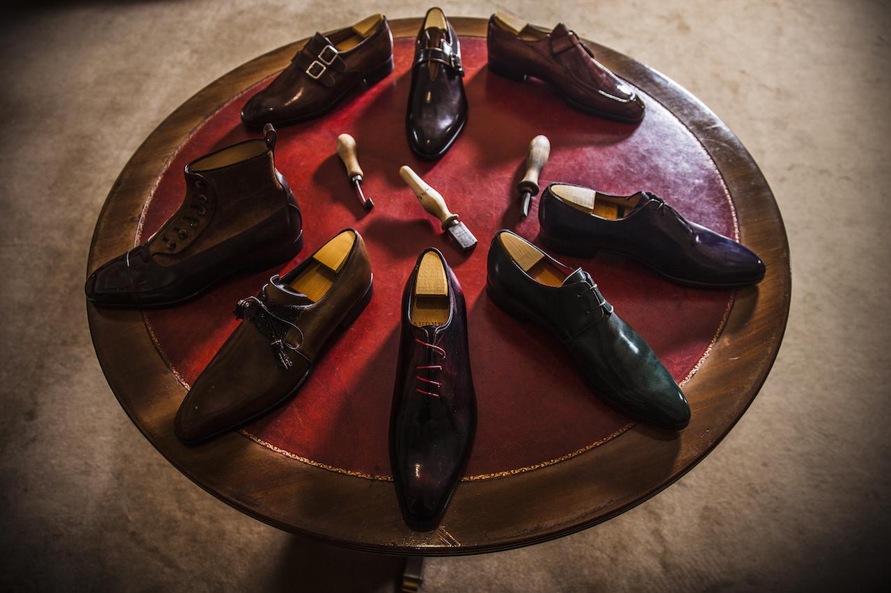 Des souliers et des hommes