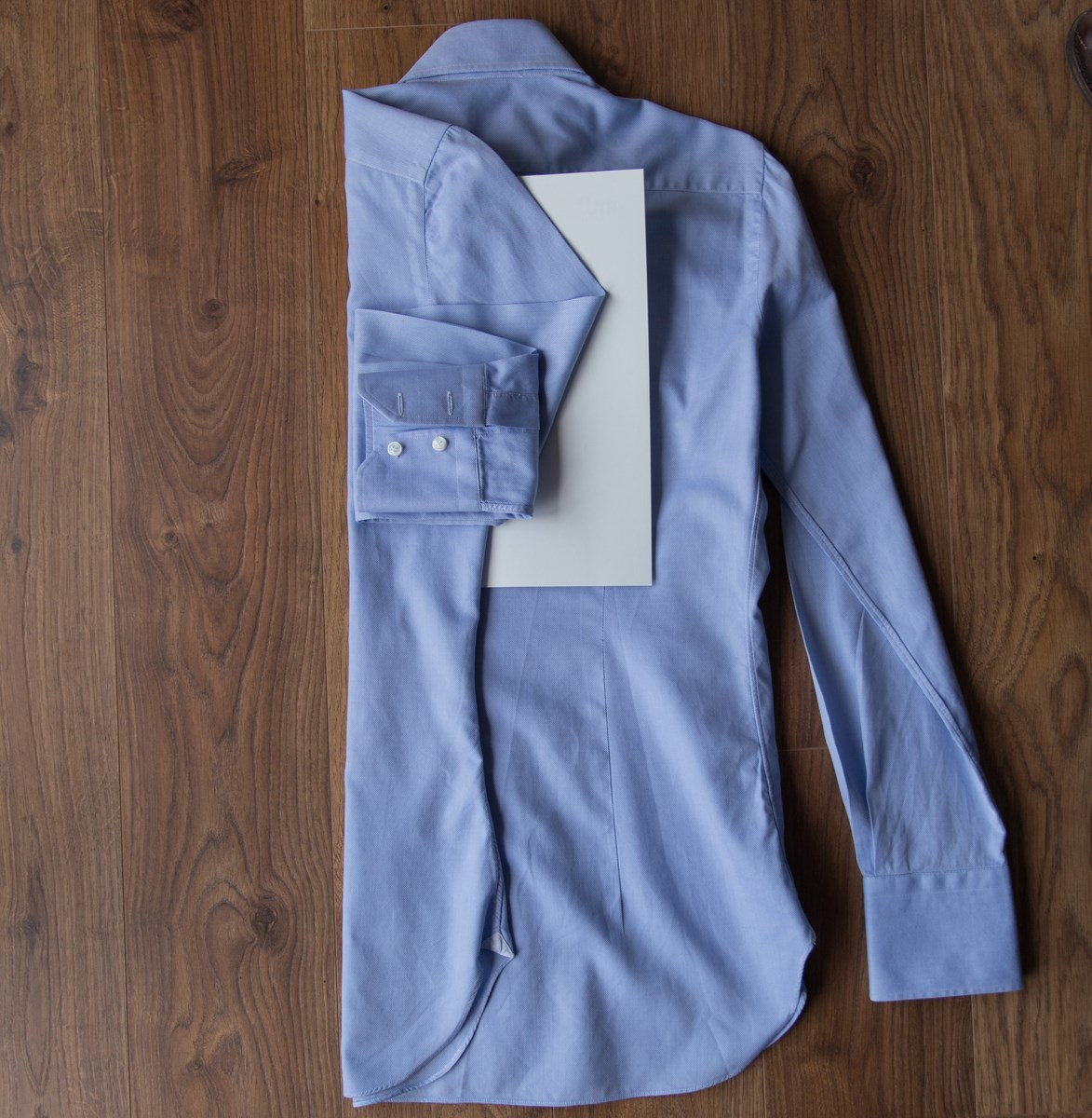 How to fold a shirt 2