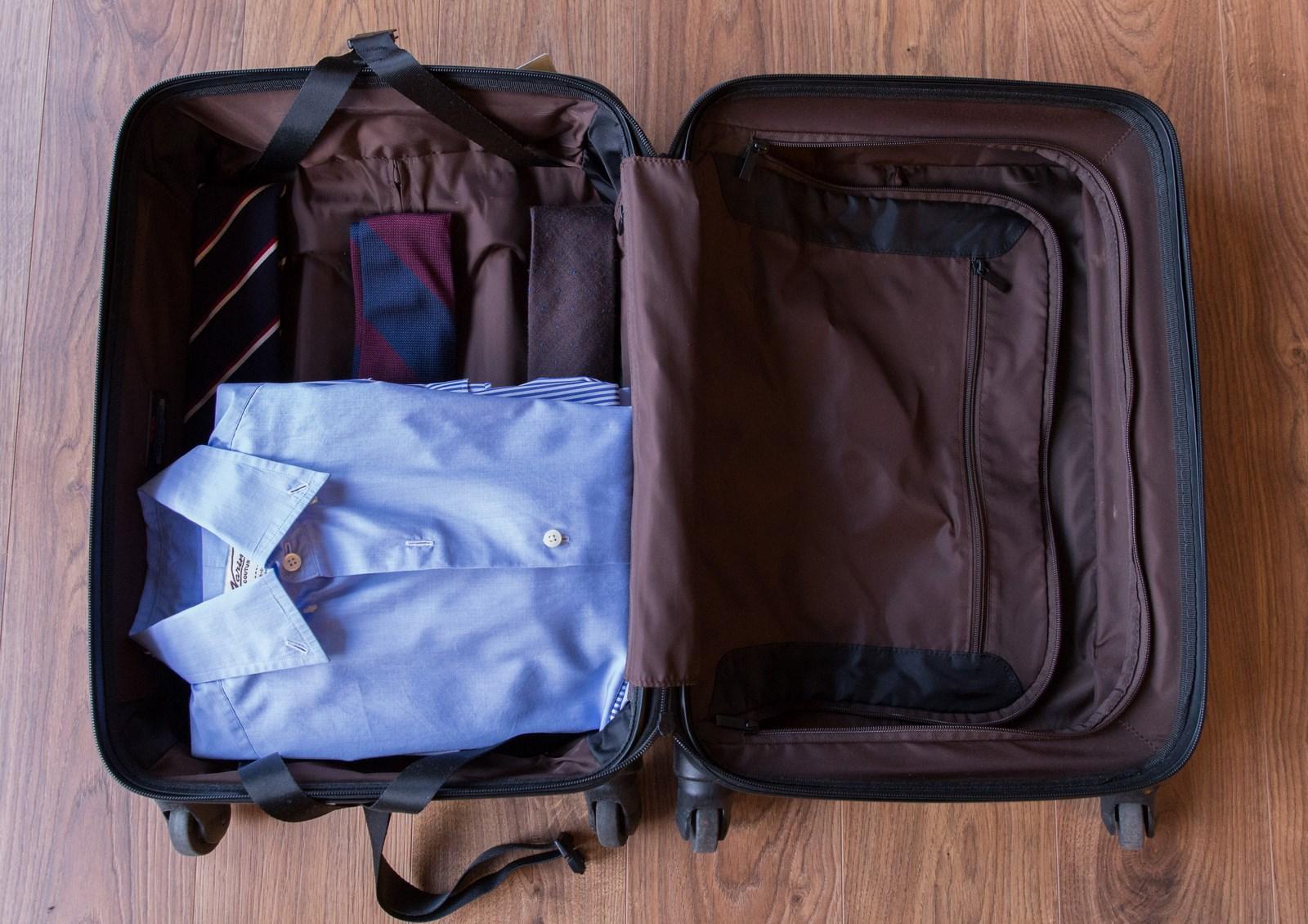 Le gentleman voyageur : comment plier vos chemises