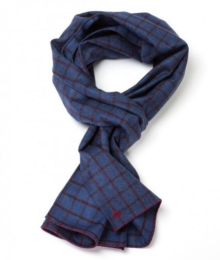 Howard's echarpe-flannelle-bleu-a-carreaux-fenetres-bordeaux