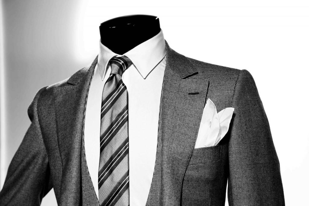 Les cravates à rayures expliquées