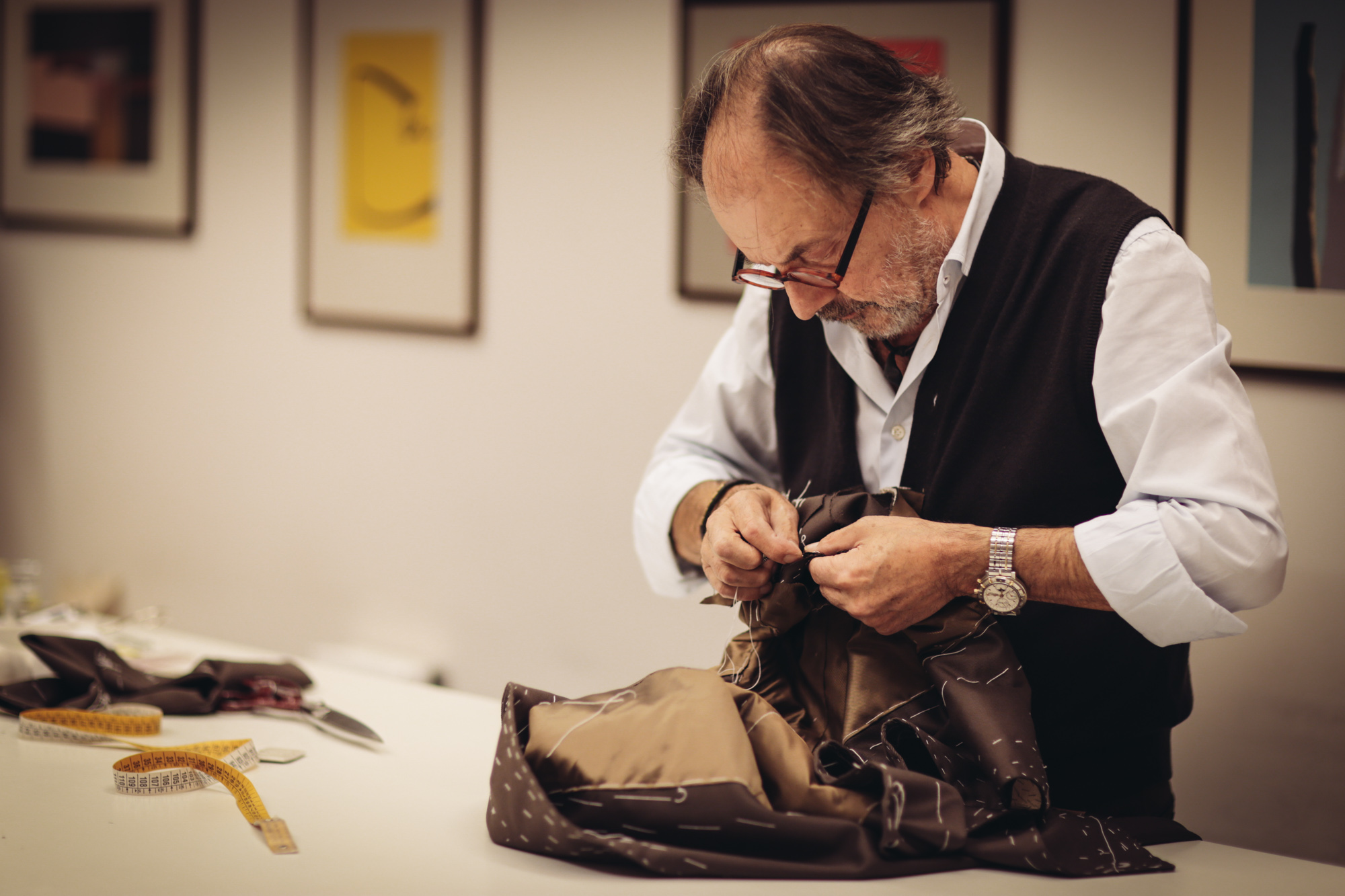 Not Just Another Neapolitan Suit : The Gifted Hand and Eye of Master Tailor Luigi Dalcuore