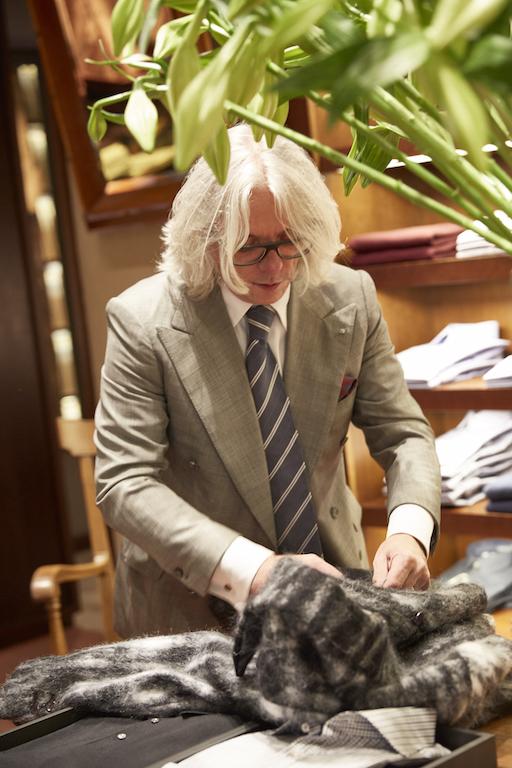 Shop with Hugo Jacomet 3