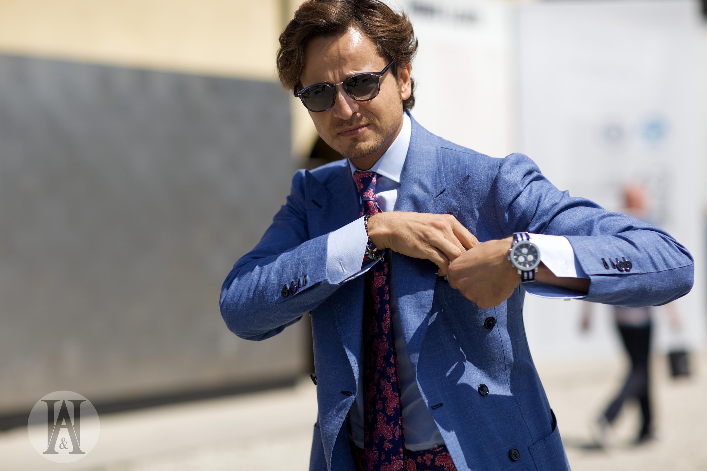 Mr.-Raro-pitti-uomo-unbuttoned-cuffs-cuff-unbutton-streetstyle-double-breasted
