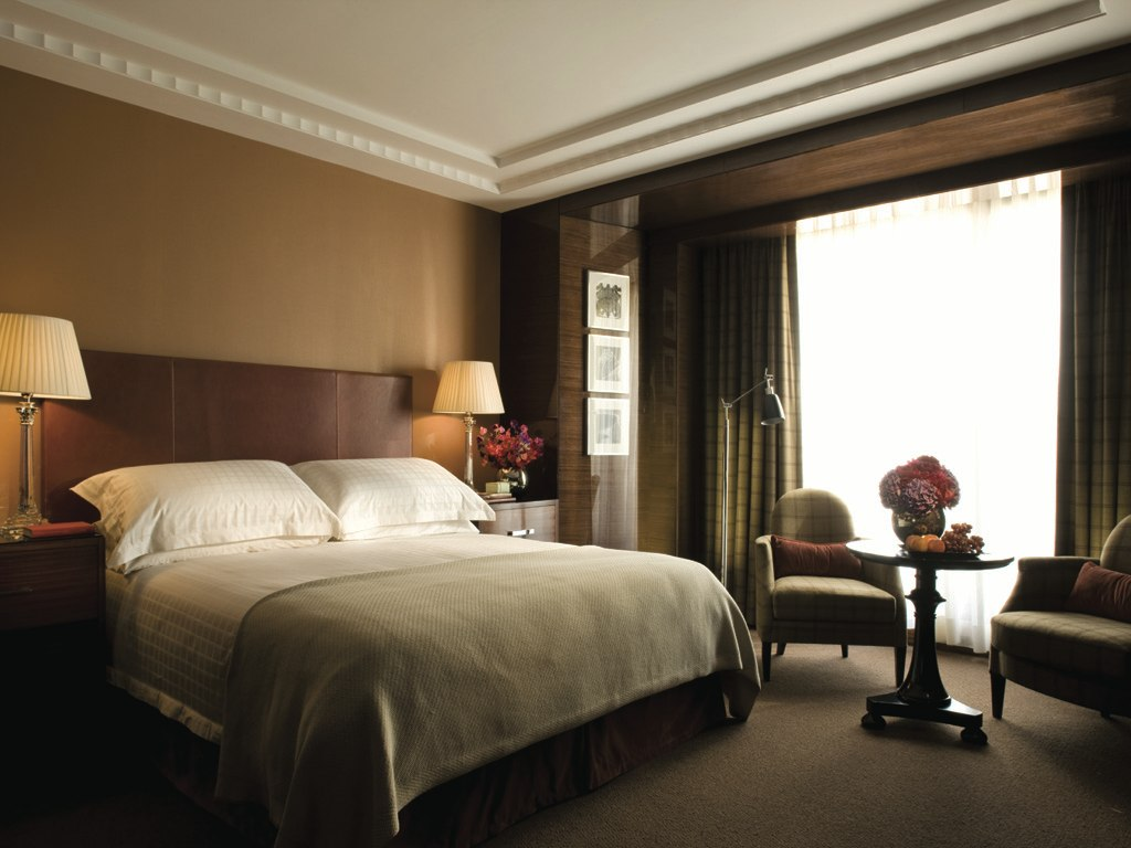 cn_image_0.size.four-seasons-hotel-london-at-park-lane-london-england-105215-1
