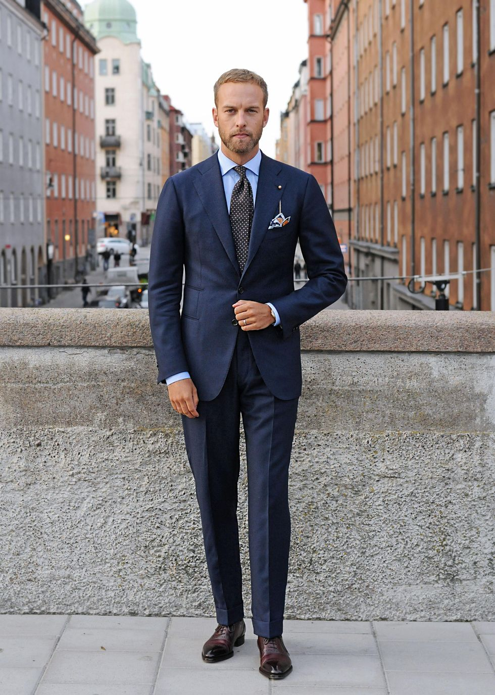 The Theory of How to Wear a Suit