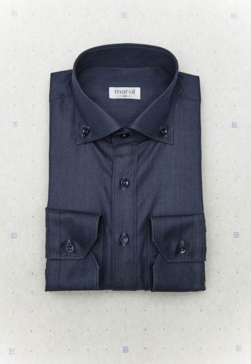 shirt-model-3