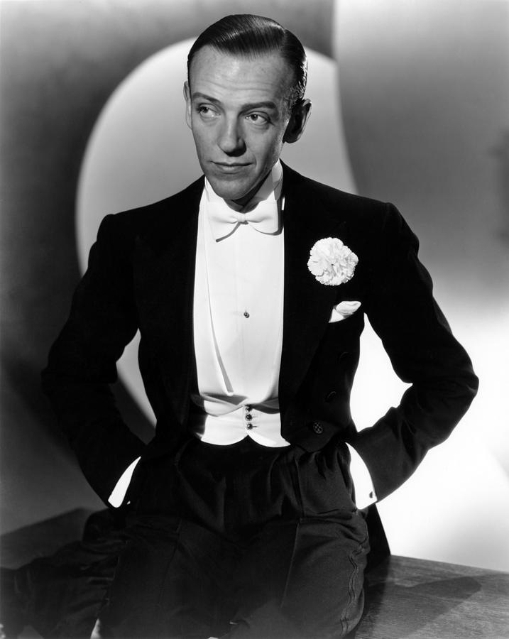 047-fred-astaire-theredlist