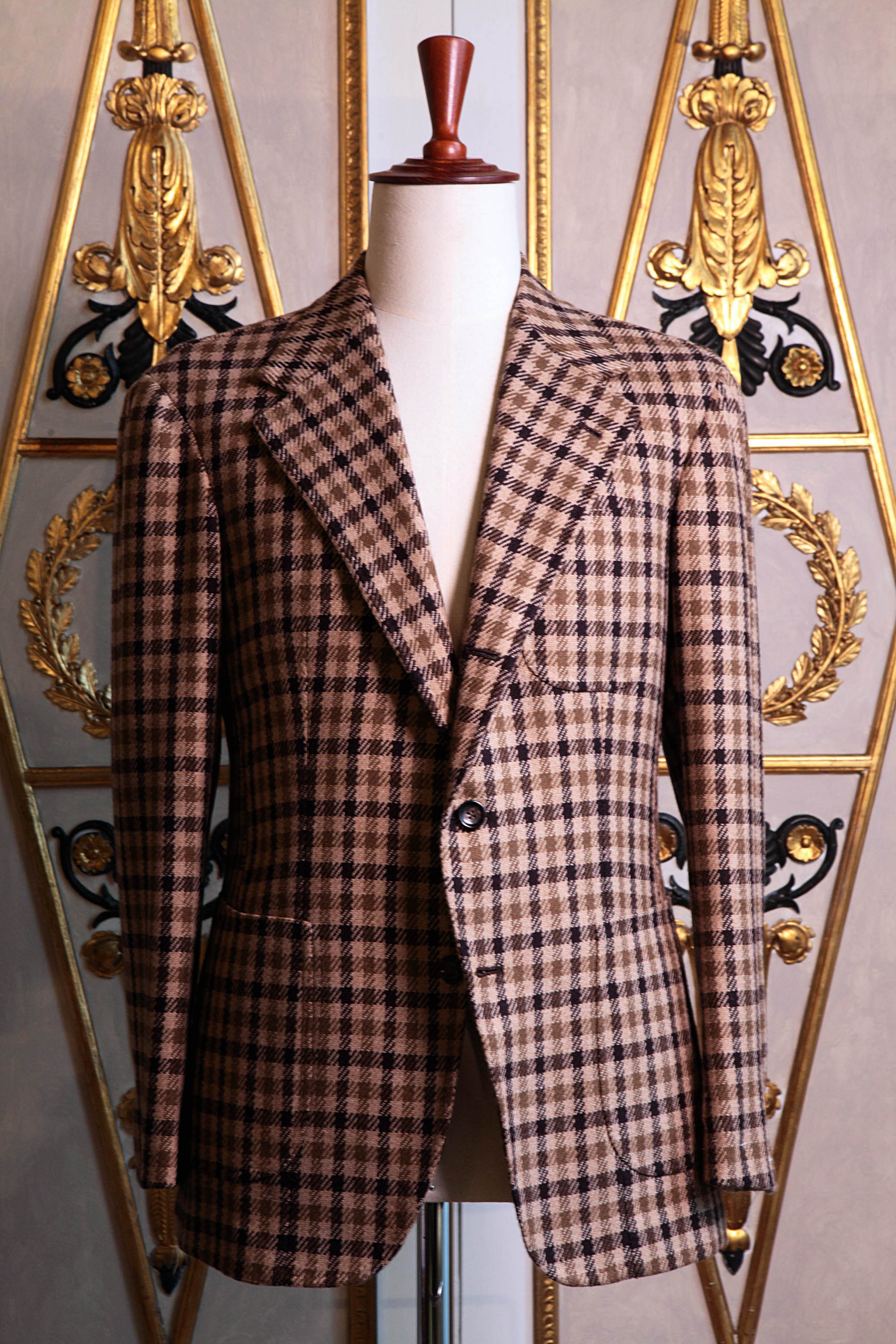 From bespoke tailoring to hand-made ready-to-wear : the ambitious undertaking of Sartoria Dalcuore