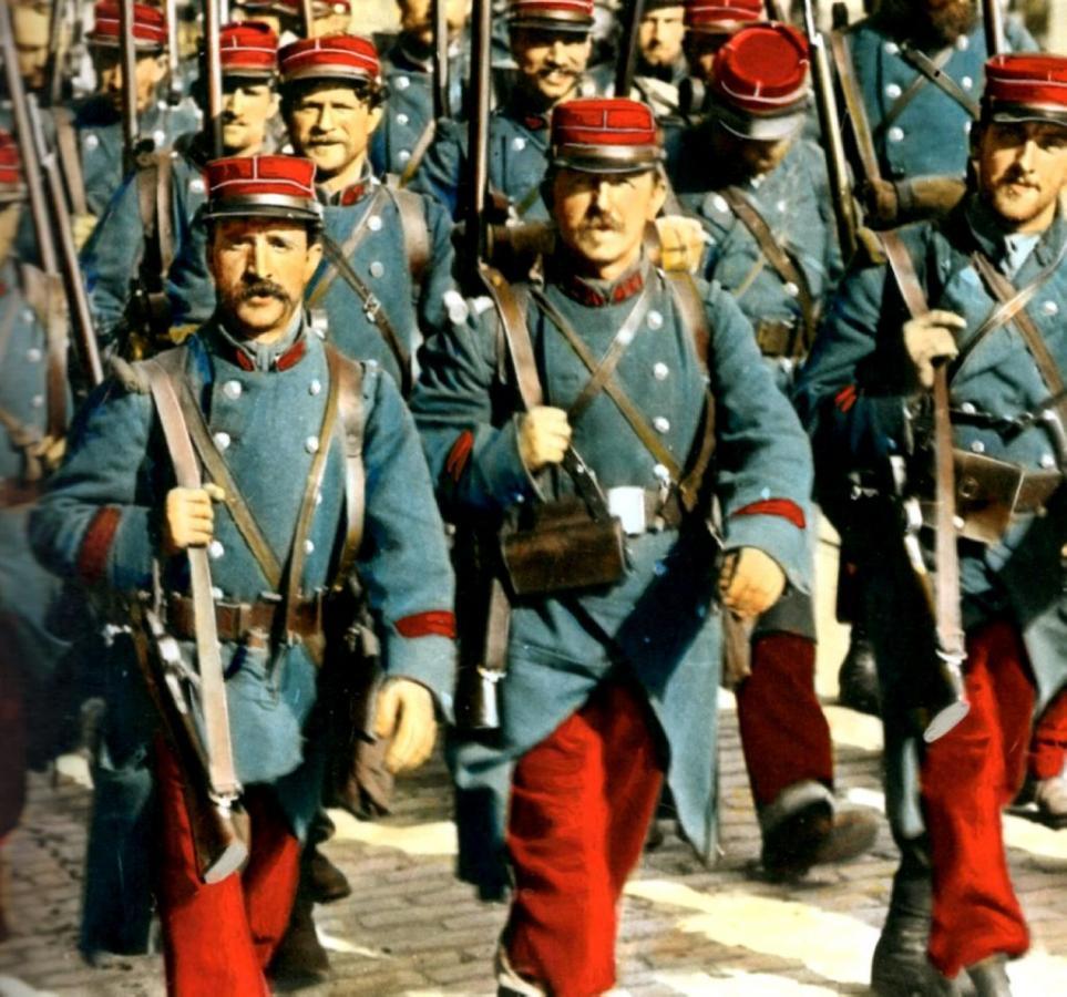 Départ des pantalons rouges 1914