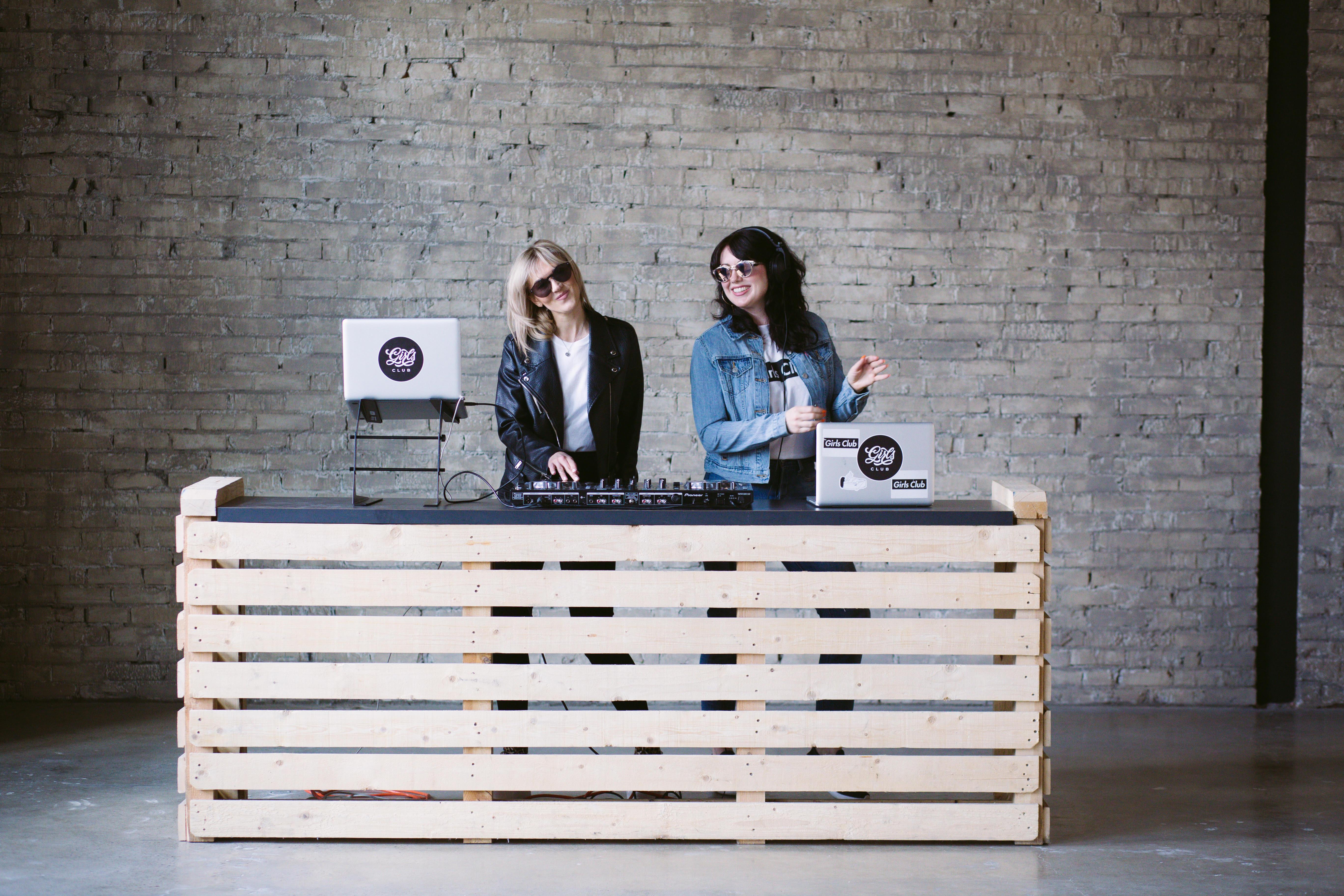 Girls Club DJs
