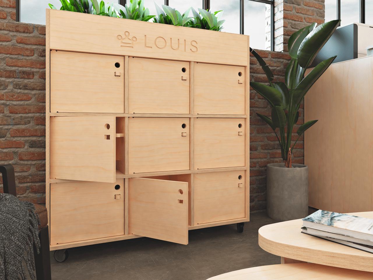 Meuble de rangement pour bureau avec bac à plantes intégré et gravé avec le logo de l'entreprise LOUIS pour apporter verdure et personnalité à cet espace détente à l'ambiance industrielle