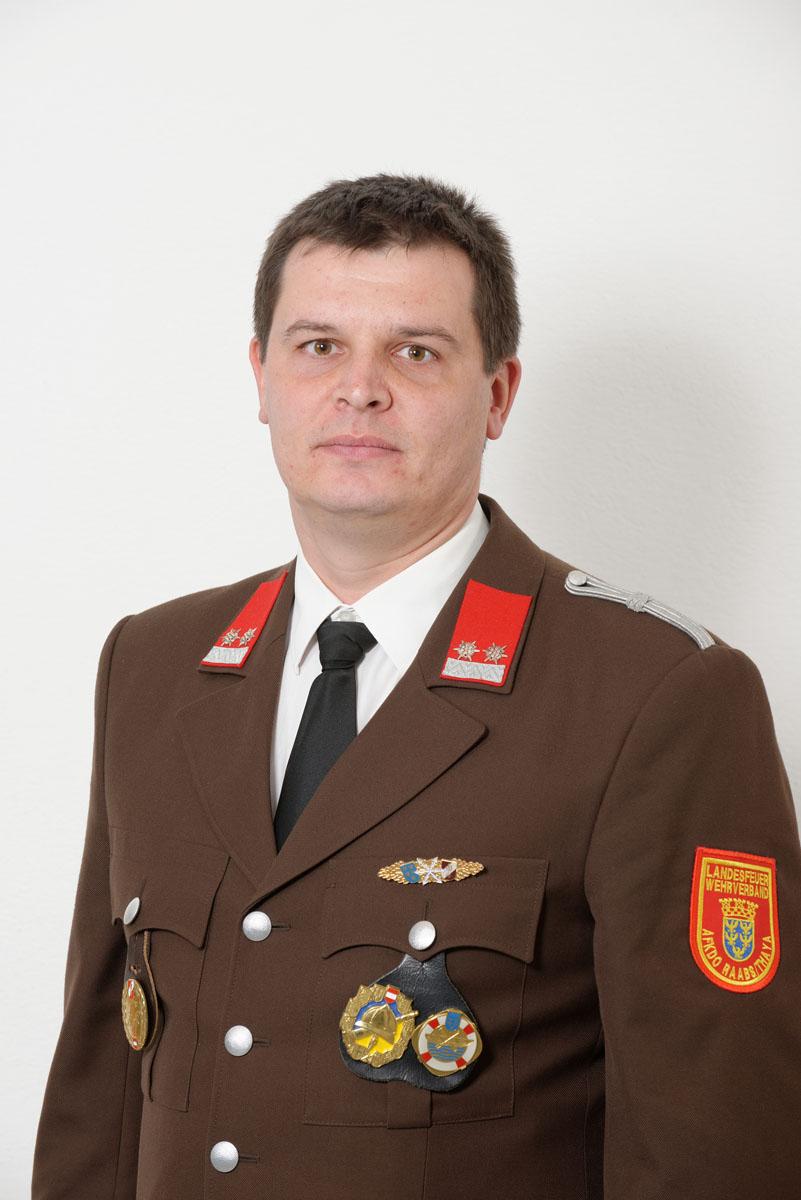 Peter Dietrich