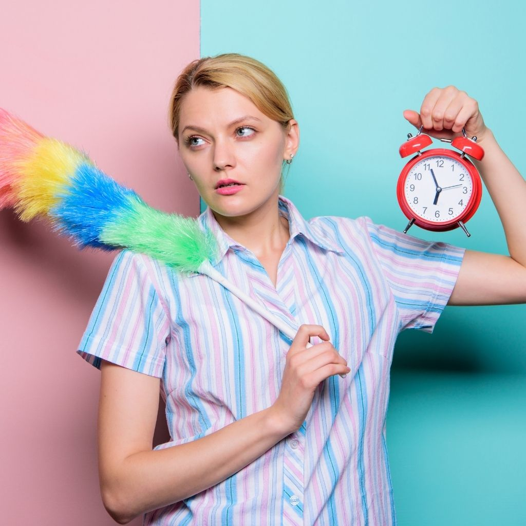 How busy parents can benefit from household management services