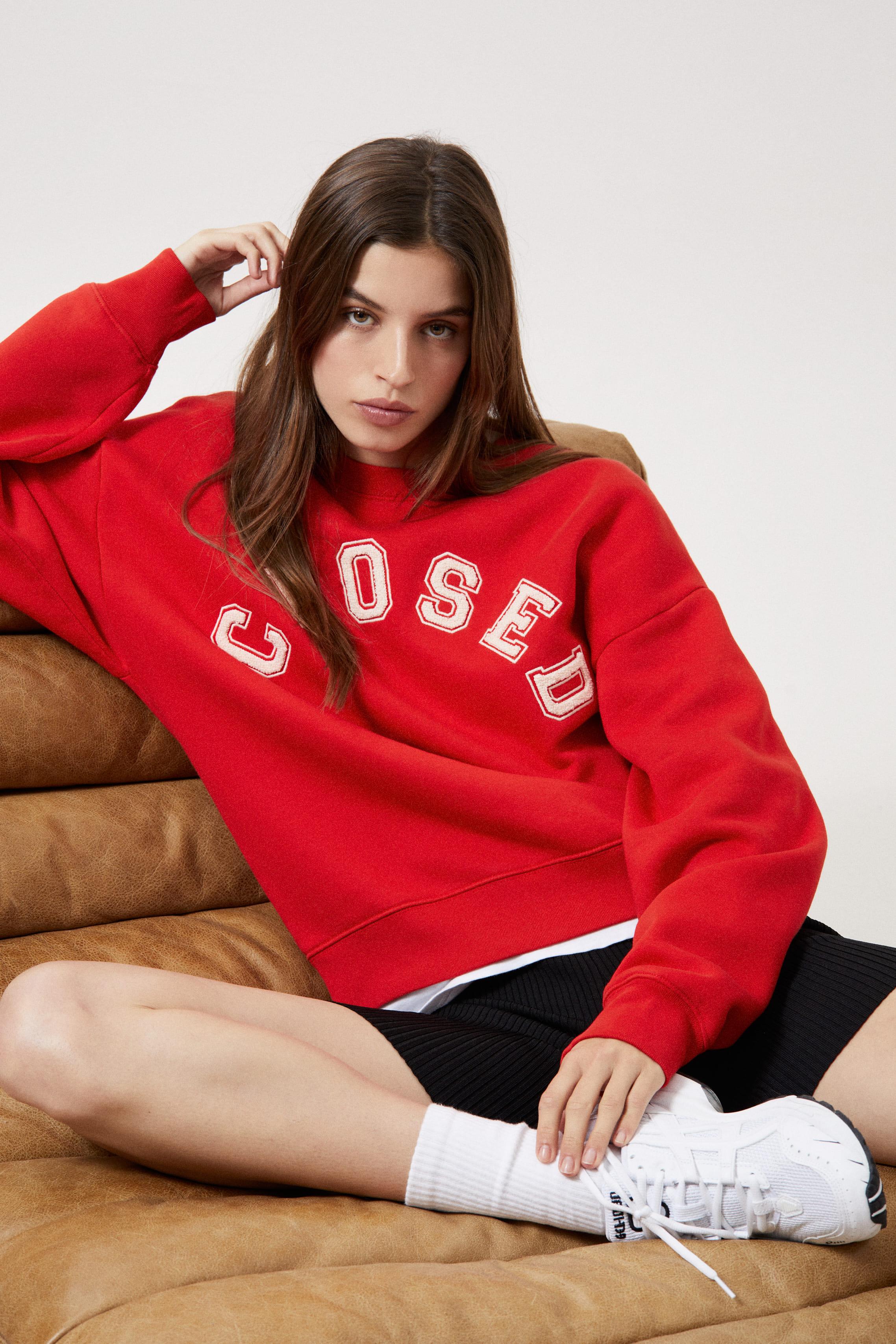 Sweatshirt CLOSED