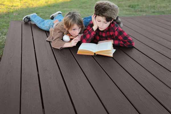 envision composite deck in woodland bark