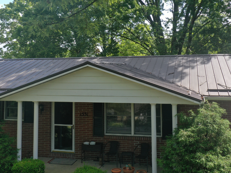 We completed a new metal roof on this house in Dover, Ohio.