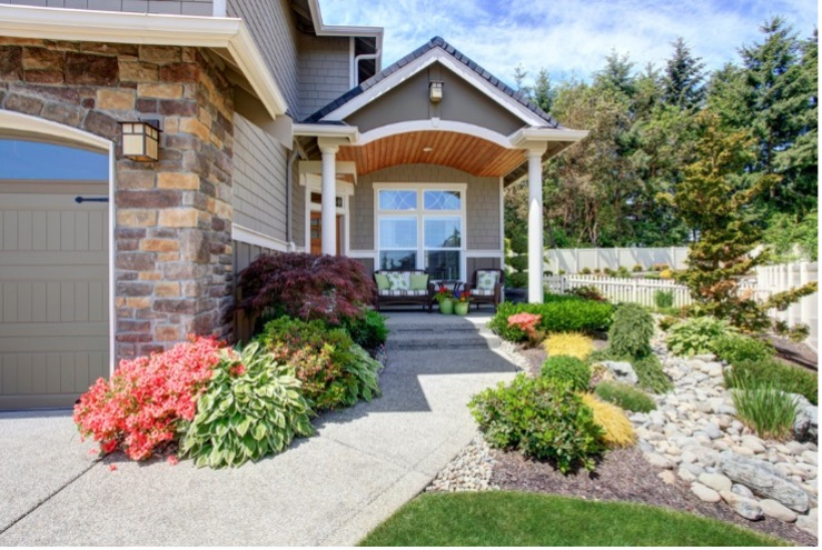 In every neighborhood, there's always at least one house that you can't help but admire every time you drive by. No matter what exterior style, landscaping, or paint colors you prefer, curb appeal is a universal language that everyone can understand.