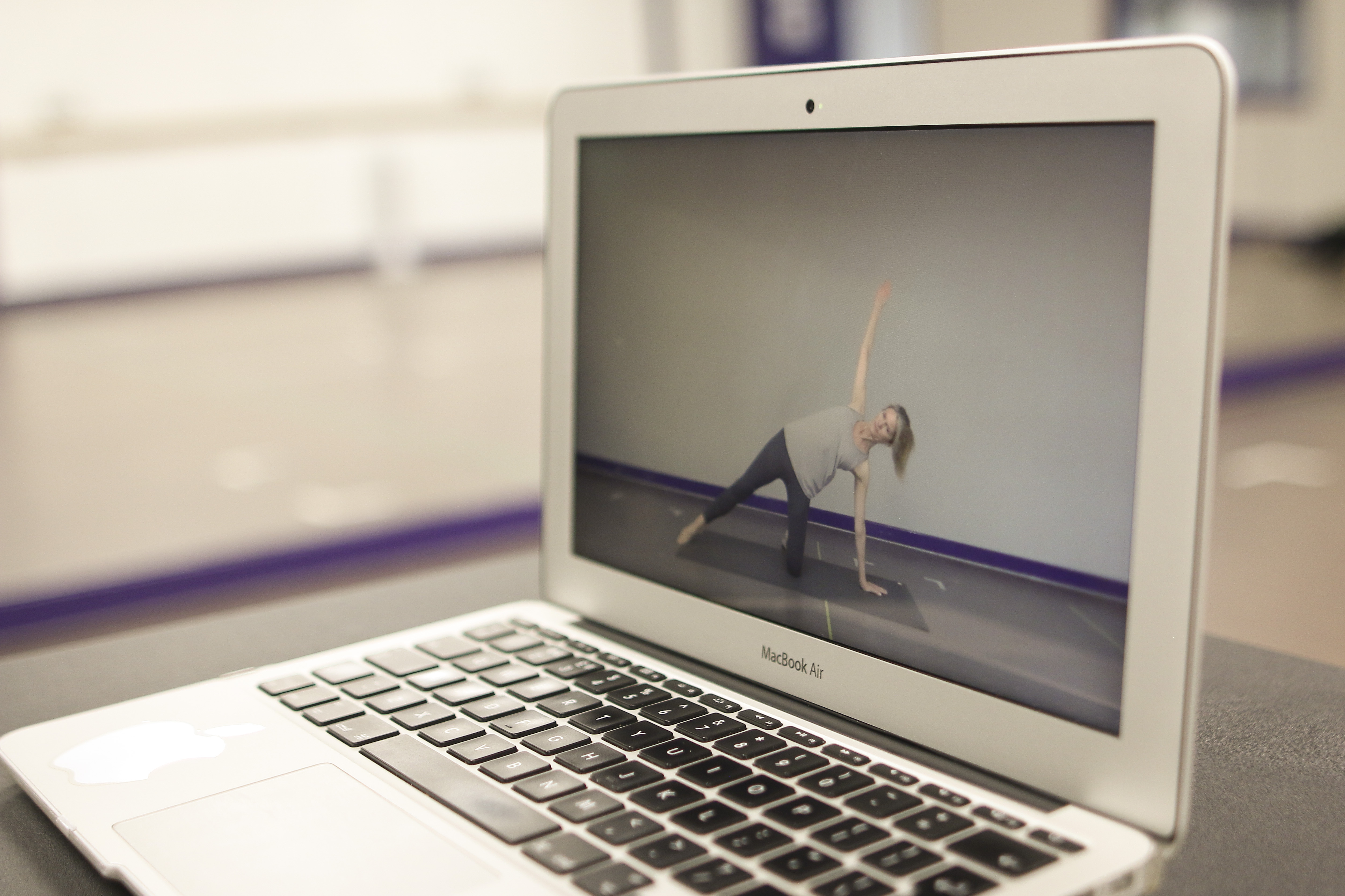 Contemporary Pilates Online with Lizzie Turvey