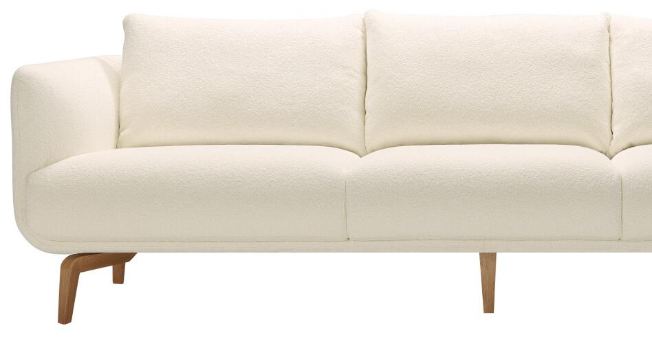 Moa Sofa