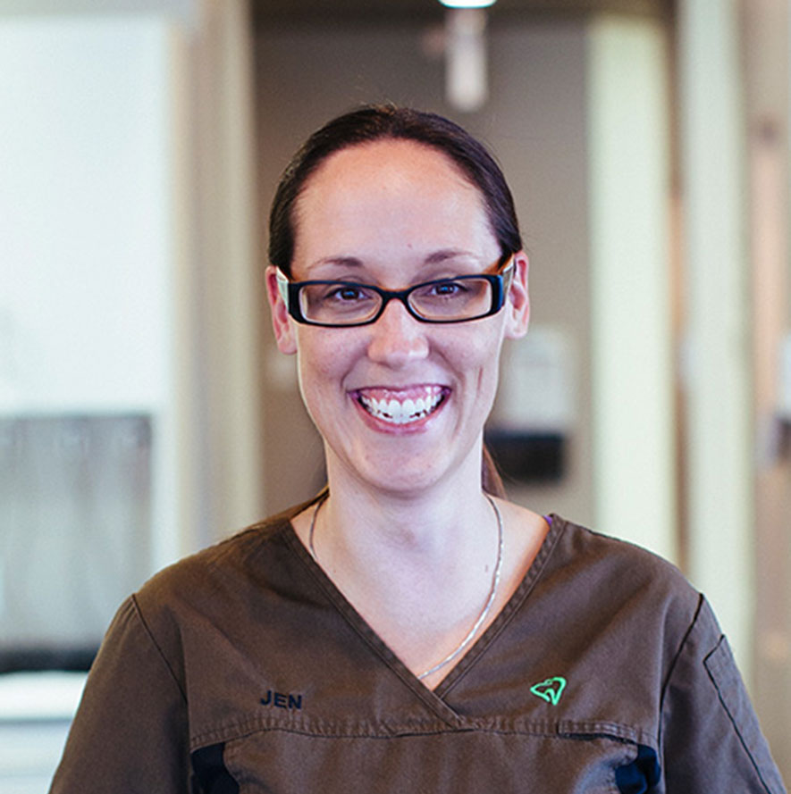 Headshot of Jen, Dental Assistant